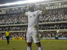 Santos vence e encaminha classificação. Goal