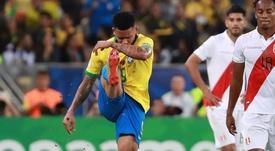 Gabriel Jesus é suspenso por dois meses por soco no VAR; Messi teve pena maior