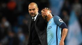 """Guardiola diz que não pode ser """"mãe"""" de Gabriel Jesus, mas promete ajudar o pupilo no City"""