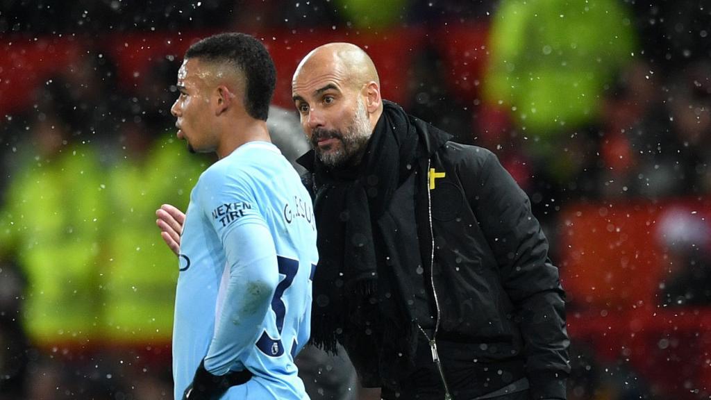 Blessé au genou, Gabriel Jesus sort en pleurs — Manchester City