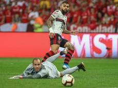 Gabigol leads Flamengo into semis