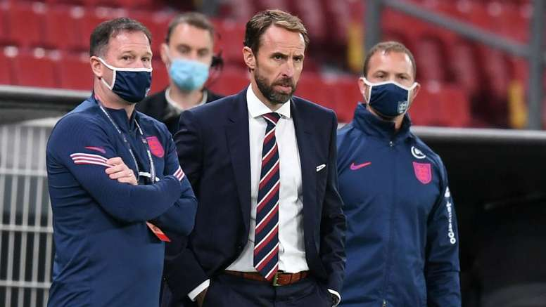 Southgate wants to help axed pair