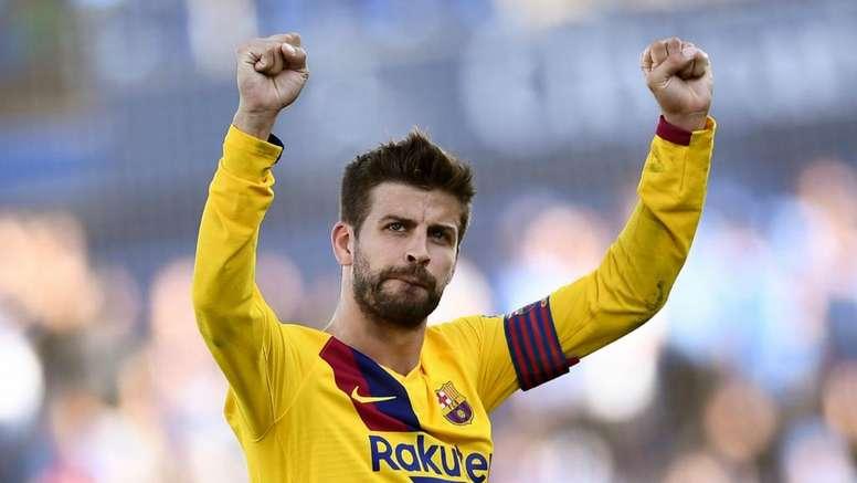 Il difensore del Barça ha provato ad acquistare il club piu' antico del mondo. Goal