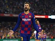 Piqué dà il suo numero sui social, lo chiama un tifoso del Real: 'Ti rispetto e ti stimo'. Goal