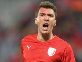 Mandzukic quitte Al-Duhail. goal
