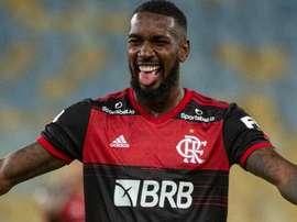Gerson, mais coringa do que nunca vestindo a camisa do Flamengo