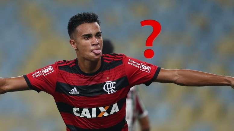 Flamengo coloca uniforme para Reinier no vestiário...
