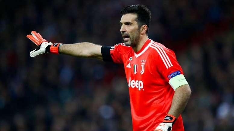Buffon pourrait partir en Argentine. Goal