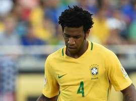 Gil briga por uma vaga na Seleção Brasileira. Goal