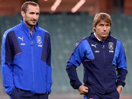 Chiellini accoglie Conte all'Inter. Goal