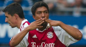 Elber is one of many Brazilians to triumph at Bayern. GOAL