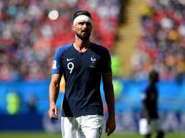 Giroud was handed a starting berth. GOAL