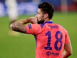 Giroud consegue feito digno de lendas na Champions League. EFE