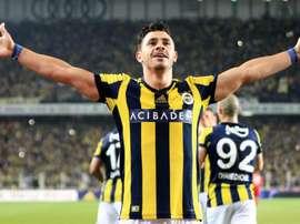 Flamengo prepara oferta para tirar Giuliano do Fenerbahçe, diz site turco. Goal