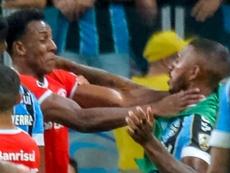 Grêmio e Internacional tiveram quatro cartões vermelhos para cada lado no clássico. Goal