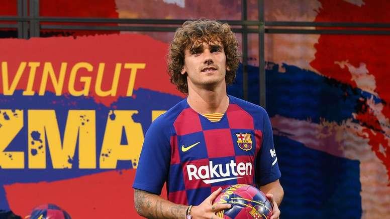 Atletico Madrid ask LaLiga to revoke Barcelona's Griezmann licence. GOAL