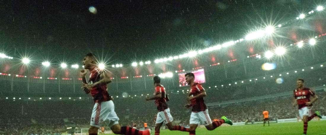 Guerrero Flamengo Atletico-PR Copa Libertadores 12042017