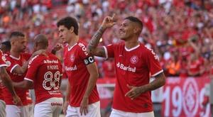 Não falha! Guerrero marca contra o Flamengo e lei do ex já aparece no Brasileirão