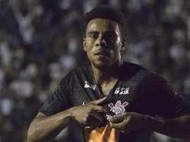 "Artilheiro, Gustagol elogia rival: ""Jogou de igual para igual"""