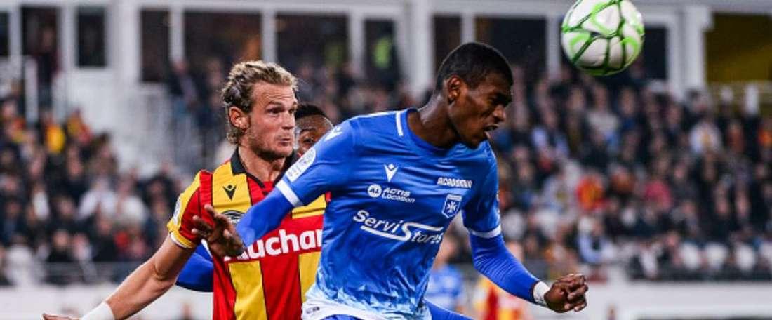 Marcelin s'engage officiellement à Monaco. GOAL
