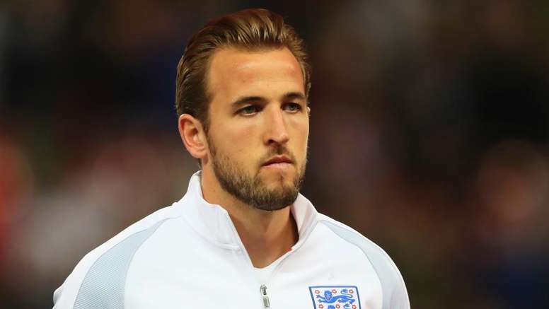 Lineker backs Kane to overcome Euro 2016 disaster. GOAL