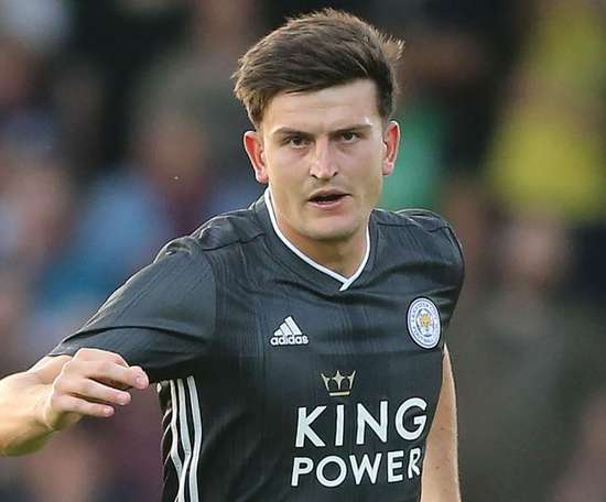 Leicester reject bids for Maguire