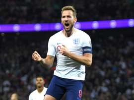 Southgate backs Kane to take record