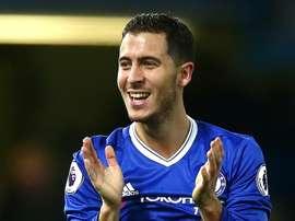 O atual meia do Chelsea, Eden Hazard, brilhou em partida após uma noite na balada. Goal