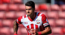 Fonte in action for Southampton. Goal