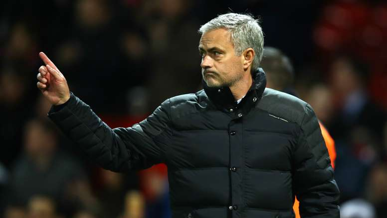 Jose Mourinho wants to celebrate Christmas. Goal