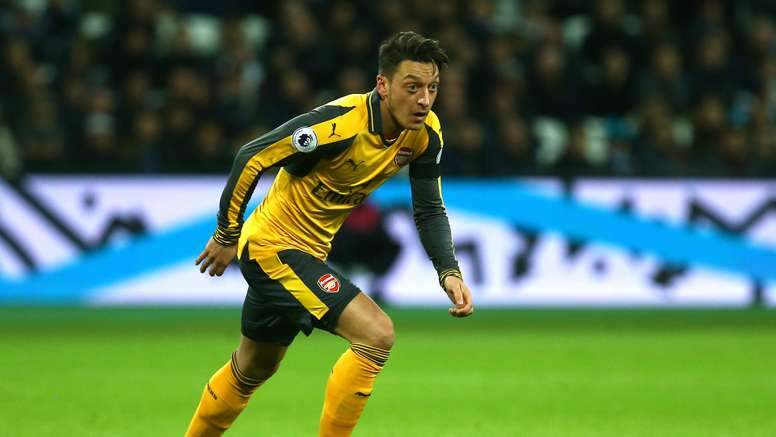 Mesut Ozil was criticised by former Gunner Merson. Goal