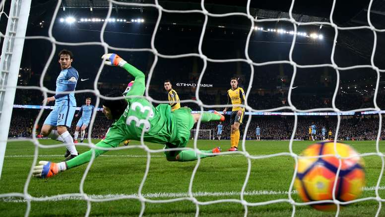 Petr Cech was unhappy that City's second goal was allowed. Goal