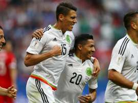 Mexico beat Russia 2-1 to advance to the Confederations Cup semifinals. AFP