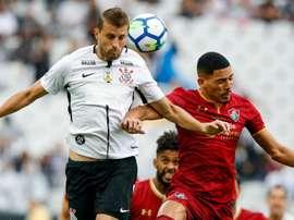 Rodriguinho brilha, e Timão vence Flu em estreia.Goal