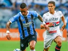 Hernanes falou aos jornalistas no final do jogo com o Grêmio. Goal