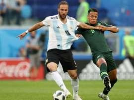 Higuain quits 'toxic' Argentina