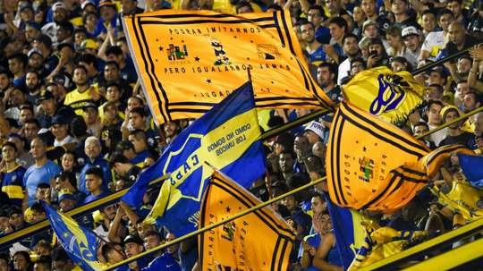 Na Argentina, Boca pode ser campeão jogando como visitante... mas com o apoio de sua torcida!