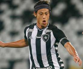 Em meio ao caos do Botafogo, Honda indica que pode sair