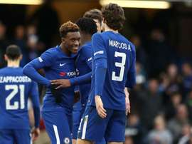 Left back has urged the youngster to stay at Chelsea. GOAL