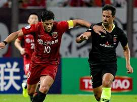 Hulk got a double for Shanghai SIPG in their AFC CL 1st leg tie. GOAL