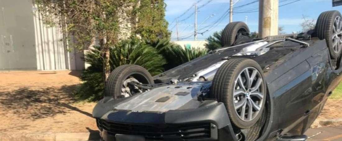 Igor Gomes, meia do São Paulo, sofre acidente de carro. Goal