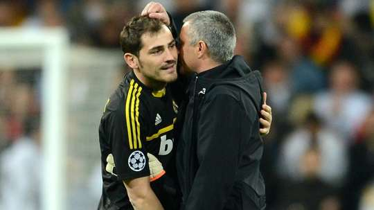 Casillas takes swipe at Mourinho after United lose at Liverpool.