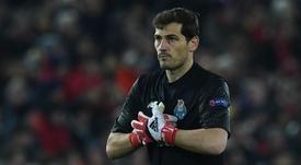 Iker Casillas parabeniza classificação do Real pelo Twitter. Goal