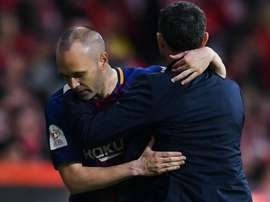 Barca great Iniesta urges club to respect Valverde amid 'ugly' saga. GOAL