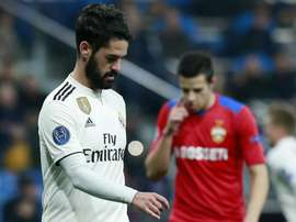 Isco continues to be at war with his manager. GOAL