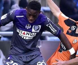 Jacques-François Moubandje Yann Jouffre Lorient Toulouse Ligue 1. Goal