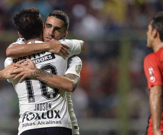 Al Hilal prepara oferta para tirar Gabriel do Corinthians. Goal