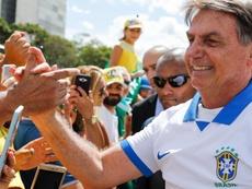 Jair Bolsonaro já vestiu as camisas de diversos clubes. Goal