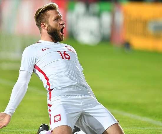 Reforços! Blaszczykowski e Glik treinam na Polônia.Goal