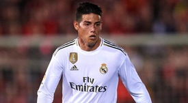 Madrid's James suffers knee injury